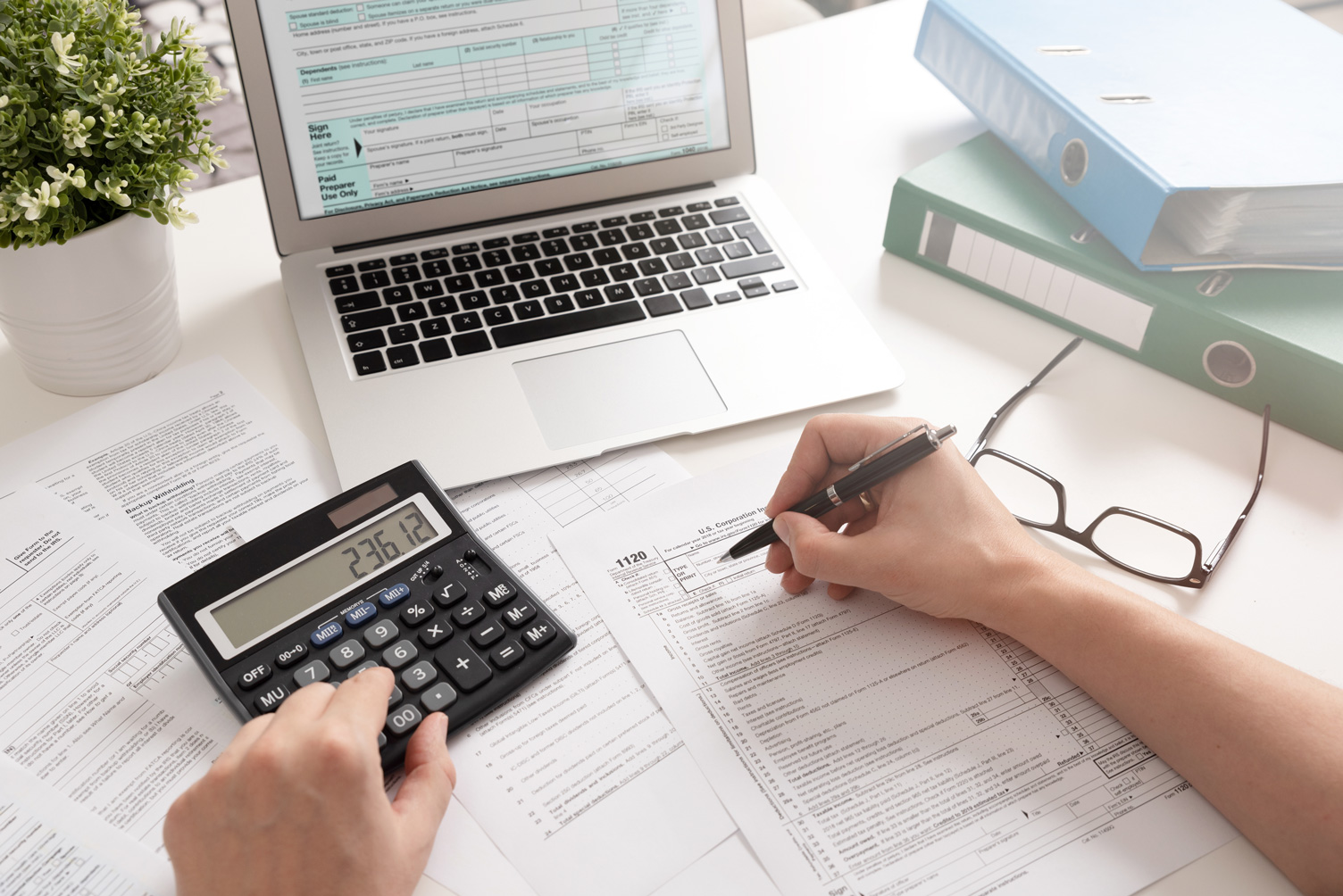 4 Things to Consider While Hiring an Accountant For a Limited Company